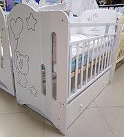 Детская кроватка ВДК Sweet Bear с маятником и ящиком Белый