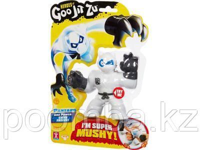 Игрушка-фигурка тянущаяся GooJitZu Гуджитсу Пантаро