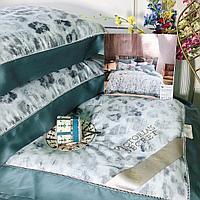 Комплект постельного белья VICTORIA'S SECRET с облегчённым одеялом и принтом