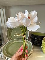 Искусственные цветы ,Букет ,5 головок ,Материал шелк,Орхидея,асс цветов ,высота 24 см