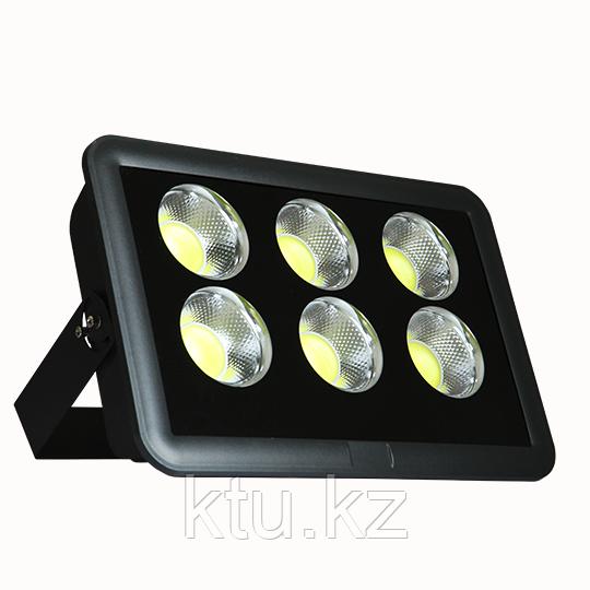 LED ПРОЖЕКТОР ARENA 400W 36000Lm 627x356x100 5000K IP65 MEGALIGHT (1)