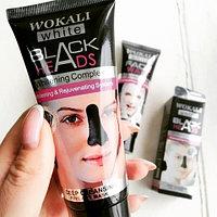 Маска-пленка для носа с экстрактом древесного угля «Черные точки» WOKALI