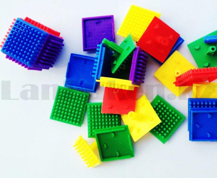 Конструктор развивающий игольчатый Умные кубики Blocks Intelligence Fun&Learn 9932B 40 деталей - фото 9