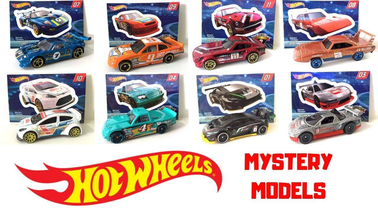 Игрушечная машинка Hot Wheels Mystery Models (ДН-24*)