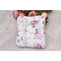 Подушка для кормления и сна Baby joy, размер 26 × 28 см, принт амели