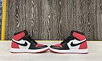 Баскетбольные кроссовки Air Jordan 1 Retro High 'Black White Red', фото 2