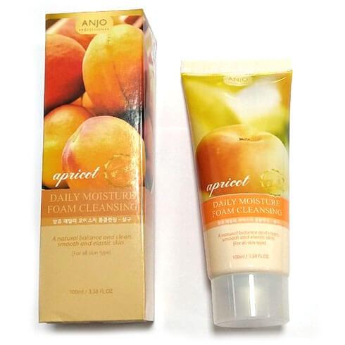 Пенка для умывания ANJO Professional увлажняющая с абрикосом - Moisture Foam Cleansing - Apricot, 100 мл