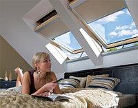 Мансардное окно 78х98 FAKRO FTS U2 (в комплектес окладом на металлочерепицу, профлист)