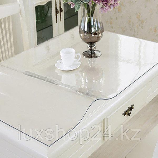 Прозрачное мягкое стекло на стол