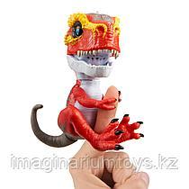 Игрушка интерактивный Динозавр на пальчик Fingerlings