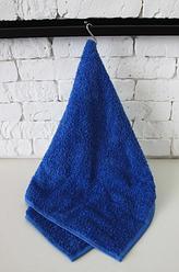 Синее махровое полотенце для рук