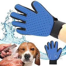 Перчатка Pet Brush Glove для вычесывания животных, фото 3