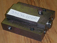 Гидрозамок 991.76.20.00 гидроцилиндра стрелы автовышки АГП-18, АГП-22, АГП-28