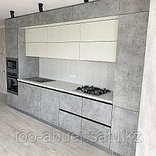 Кухонный гарнитур в стиле Хай-Тек на заказ