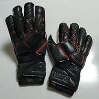 Вратарские перчатки Under Armour