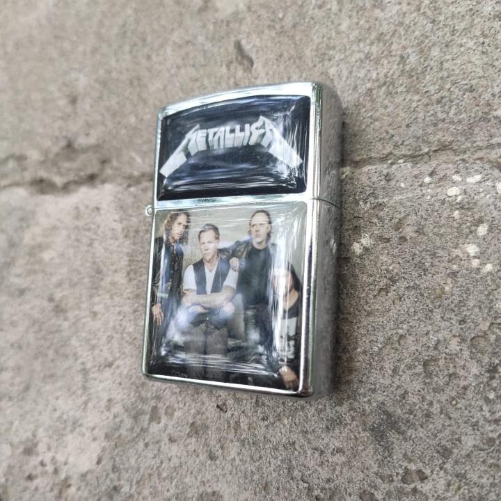 Зажигалка Metallica