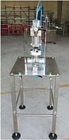 Полуавтоматический пневматический укупорщик для крышек TWIST-OFF МОД. TPV500-T