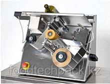 Полуавтоматический настольный этикетировщик для самоклеющихся этикеток ЕТ 500