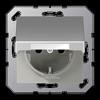 A500 Розетка с крышкой 2К+З 16 А 250В~ ударопрочная, алюминий