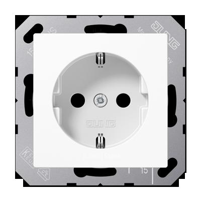 A500 Розетка со шторками 2К+З 16 А 250В~, белая
