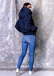 Синяя женская парка с натуральным мехом енота, фото 4