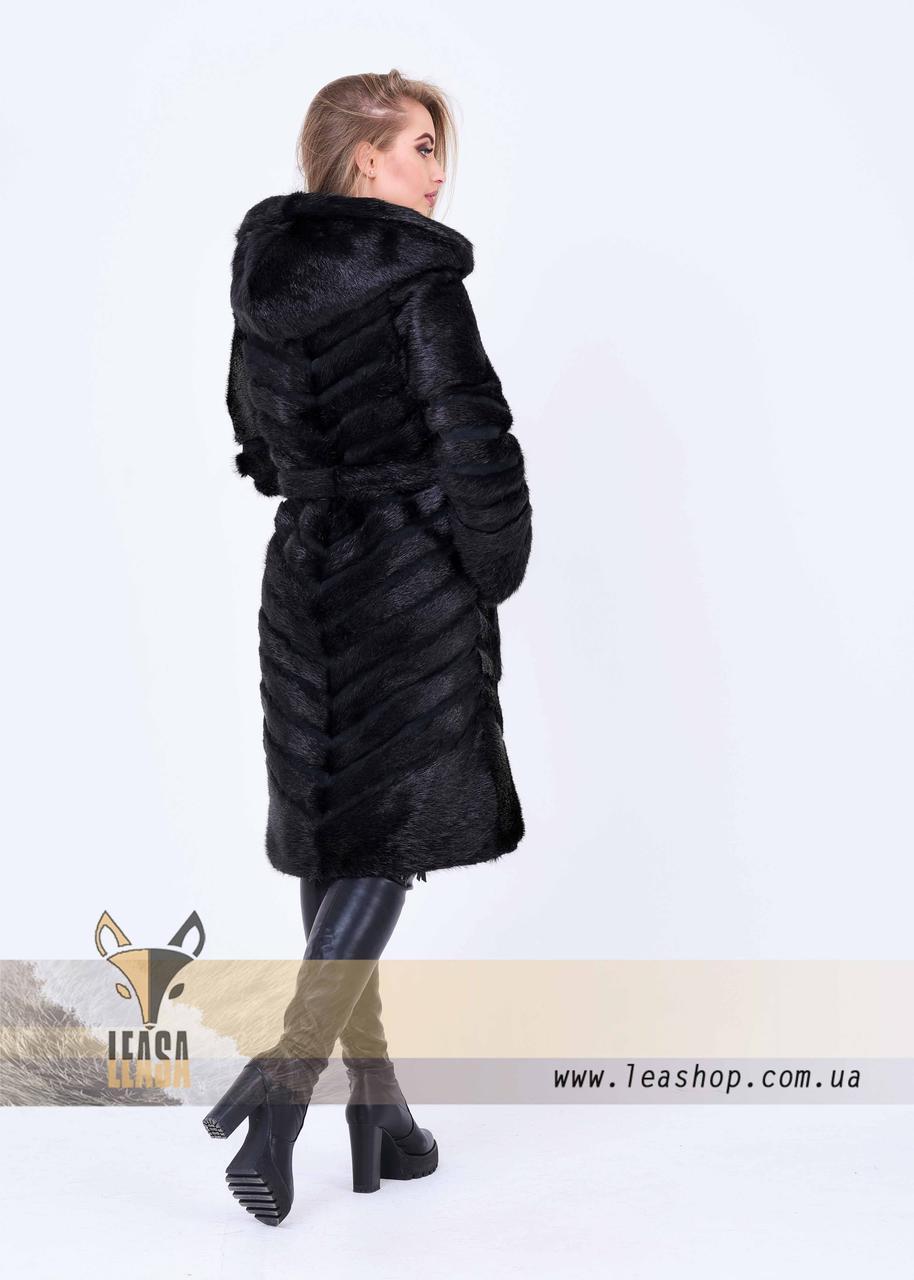 Женская зимняя шуба с диагональным замшевым расшивом - фото 2