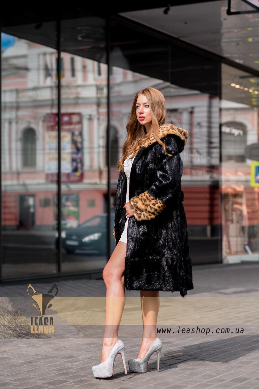 Черная шуба с леопардовыми манжетами и капюшоном - фото 2