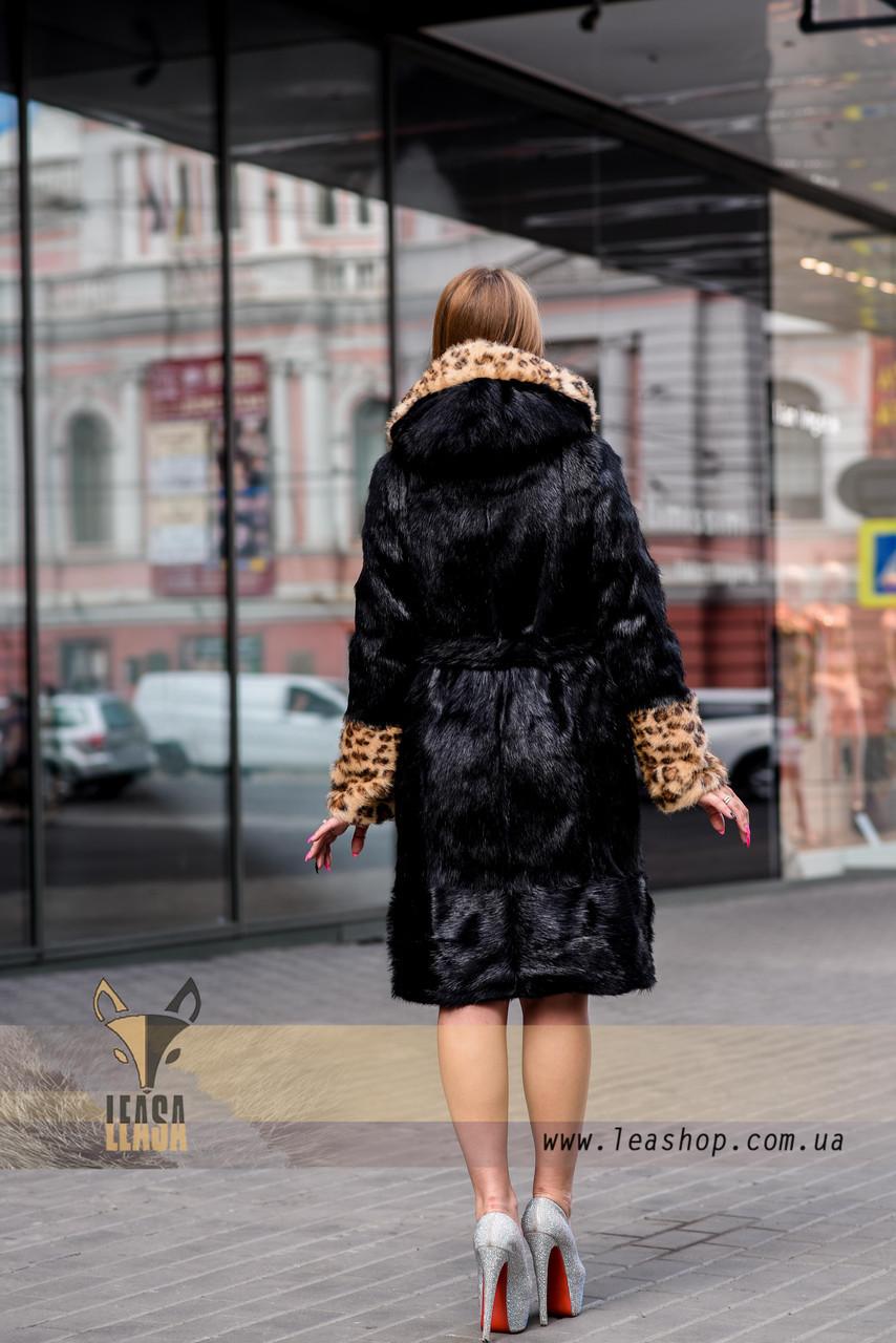 Черная шуба с леопардовыми манжетами и капюшоном - фото 4