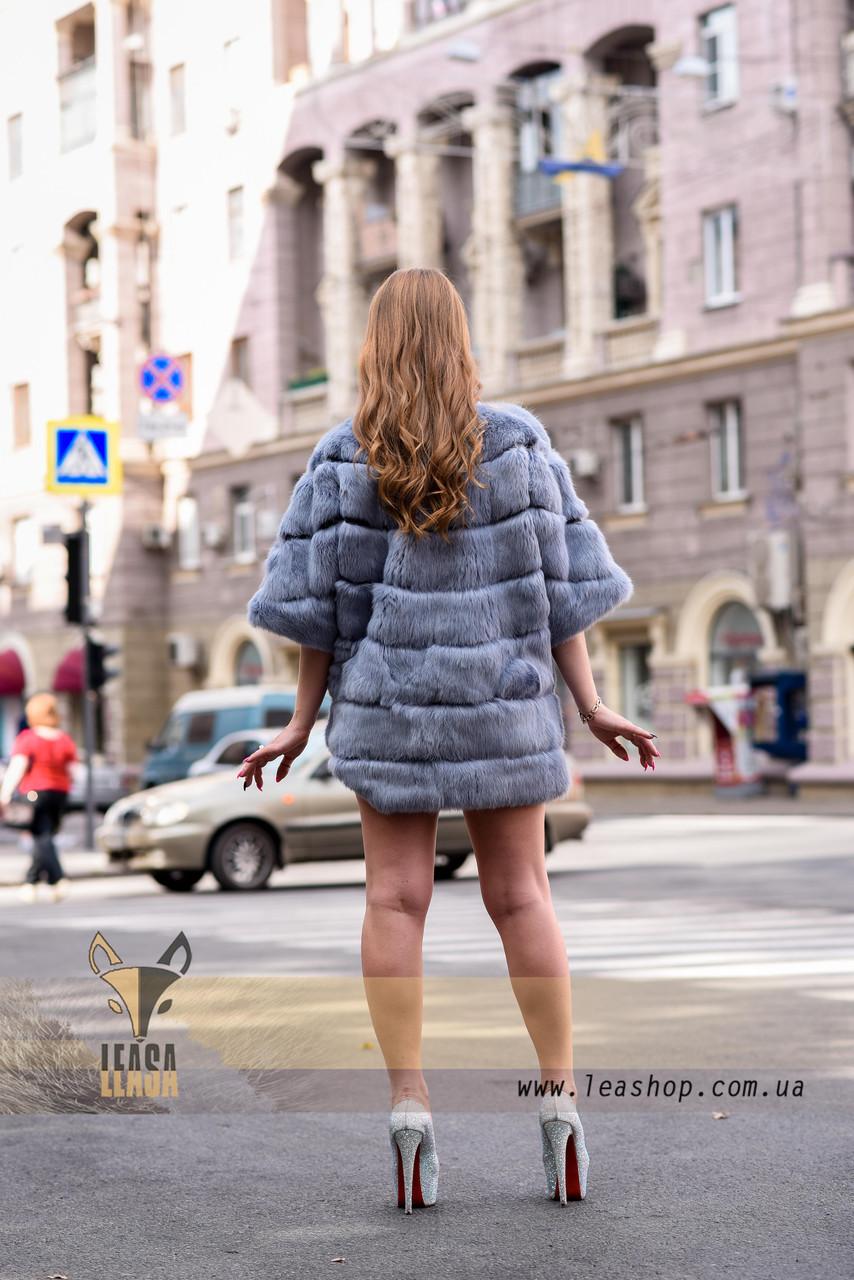 Голубая женская шубка, демисезонный вариант - фото 4