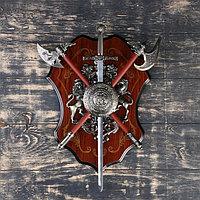 """Геральдика """"Медуза Горгона, два топора и меч"""","""