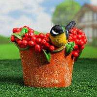 """Фигурное кашпо """"Птичка на шляпе с ягодами"""" 20х16 см"""