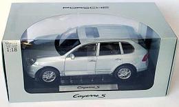 1/18 Norev Коллекционная модель Porsche Cayenne S, Серебристый