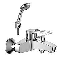 Смеситель Rossinka Silvermix T40-31 для ванны с монолитным изливом