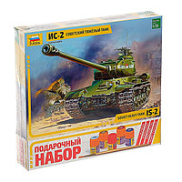 Сборная модель «Советский тяжёлый танк Ис-2»