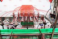 Завод АВРОРА Линия для розлива настоек МАСТЕР МЗ-400ЕД с автоматической ориентацией колпачков, укупоркой и этикетировкой