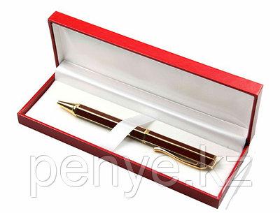 Сувенирная ручка в футляре
