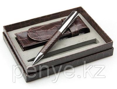 Набор: Ручка и футляр в подарочной упаковке