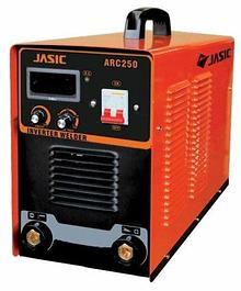 Инверторные сварочные аппараты (сварка простым электродом) ARC