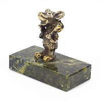 Статуэтка «Мышонок с цветком» бронза змеевик 50х25х45 мм.