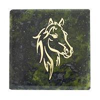 Магнит «Лошадь», камень змеевик