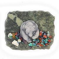 Магнит с камушками «Медведь» (вариант 2), змеевик
