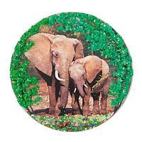 Магнит с рисунком «Слоны» змеевик 110х110 мм.