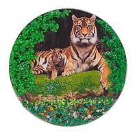 Магнит с рисунком «Тигрица с тигренком» змеевик 110х110 мм.