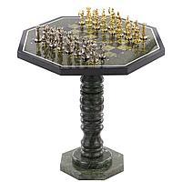 "Шахматный стол из камня змеевик, фигуры бронза ""Лучники"" 60х60х62см"