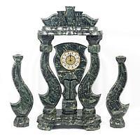 Часы «Корона» большая с подсвечниками змеевик
