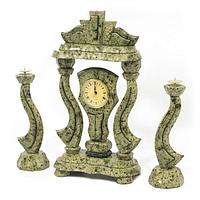 Часы «Корона» с подсвечниками змеевик (вариант 2)