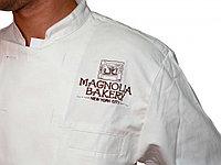 Логотип на груди вышивка до 10см