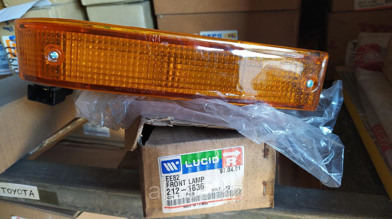 Toyota Сorolla EE80-AE82 86-87 гг. Передняя габаритная фара правая (поворотник) (Front lamp rh)