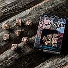 Набор игральных костей Викинги: бежевый/бордовый (7 шт.), фото 2