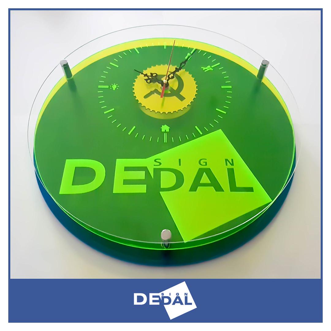 Часы с вашим логотипом